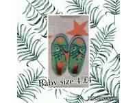 Dinosaur baby shoes