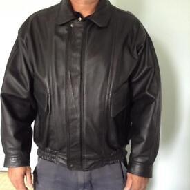 Motor cycle Jacket. Black leather. Large.