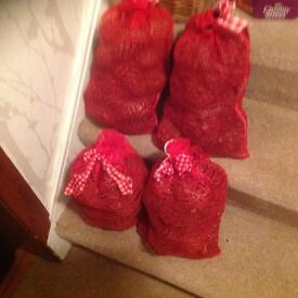 4 Bags cinnamon pine cones lovely for Xmas