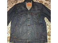 Levi's Denim jacket large mens