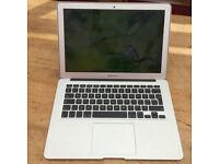 Apple MacBook Air 13.3 1.6GHz core i5 8GB RAM 250gb (March,2015, Silver)