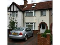 MODERN 4 BED HOUSE 3 BATHROOMS,FURNISHED,GARDEN,7 MINS WALK TO SUDBURY HILL STATION TO LET