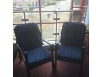 Must go, reduced Two matching armchairs, 2 armchairs