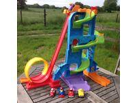 Fisher-Price Littly People Loops n Swoops Amusement Park playset tol skyway