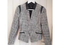 Black and white women's suit tweed jacket blazer with tags on