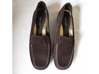 Footglove size 3 brown suede shoes New with labels