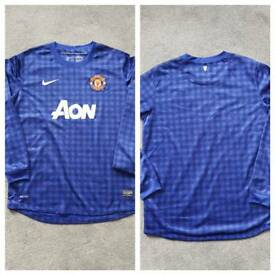 Various Manchester United Shirts - XLB age 13-15