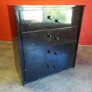 Meuble commode en bois noir / Black Wood Dresser