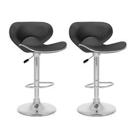 Bar stool x 4