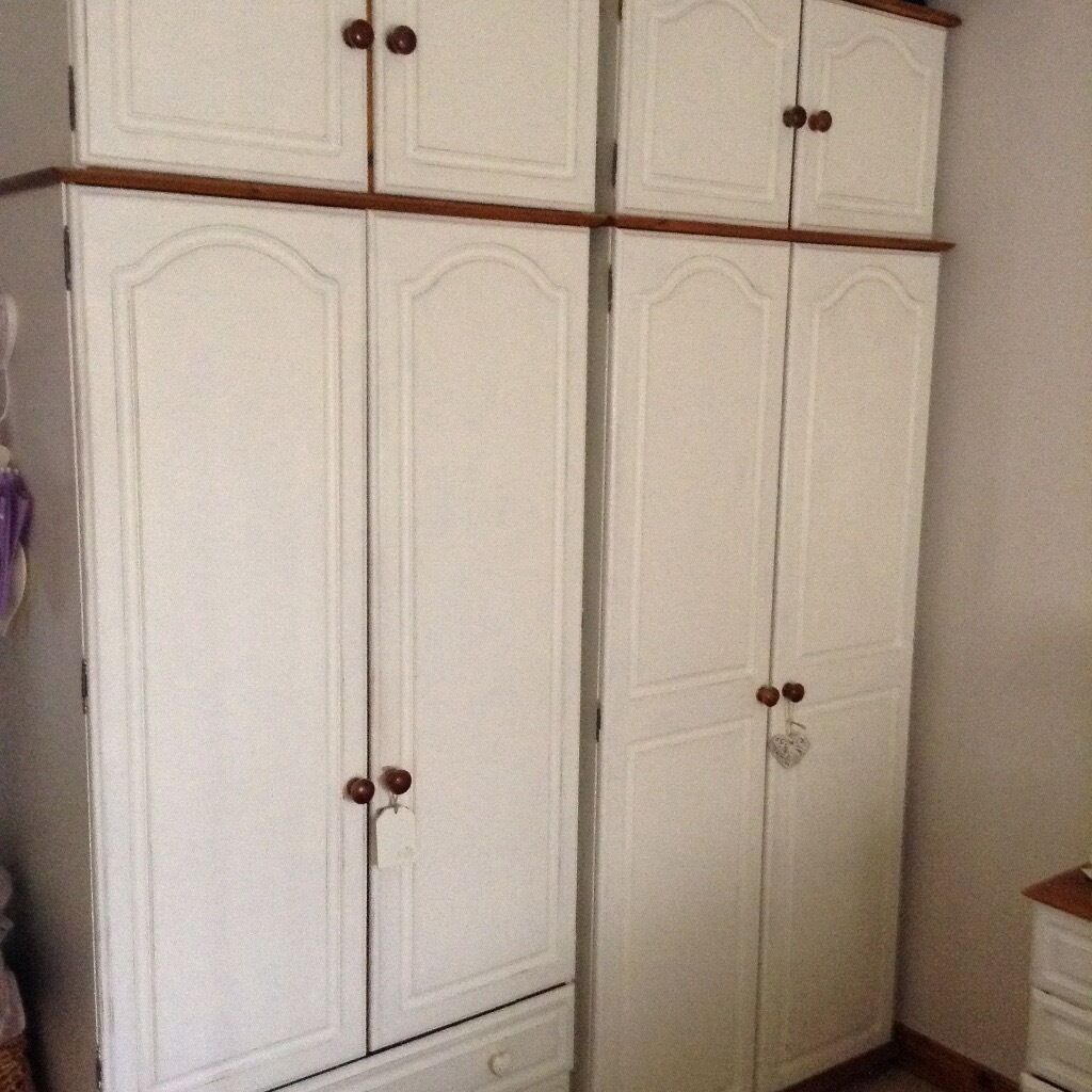 EXCELLENT CONDITION PINE BEDROOM FURNITURE PAINTED IN ANNIE SLOAN ...