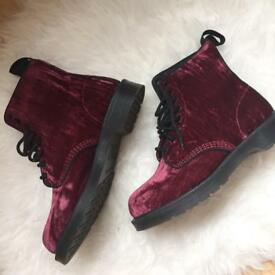 Dr Martins Cherry Crushed Velvet Boots (mint condition) UK Size 6