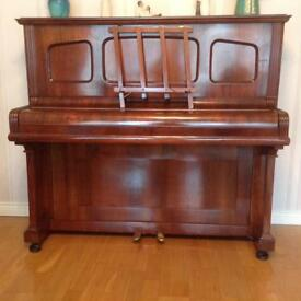 Piano upright Steinbach