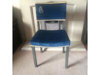 Queen Elizabeth II - Silver Jubilee Chair 1977 - used in Westminster Abbey
