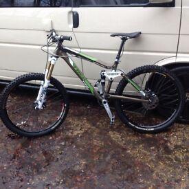 For sale Trek fuel ex8 Medium 17.5