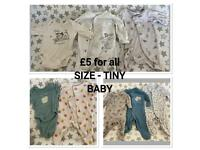 Tiny baby clothes (prices on pics)