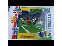 Match Attax pitch and play game