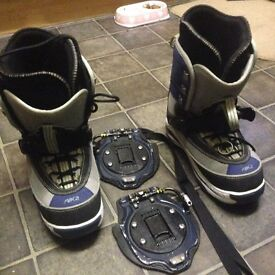 K2 CLICKER BOOTS AND BINDINGS, UK10.