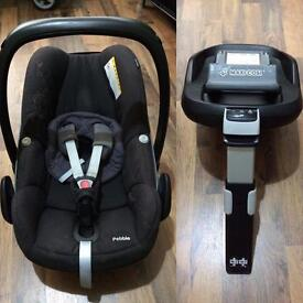 Maxicosi pebble carseat & familyfix isofix base