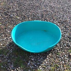 Medium Dog Basket in good clean condition
