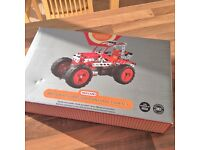 Meccano Motorised Tractor Construction Set