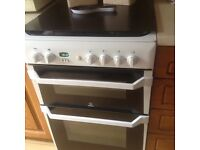 Free standing double oven gas cooker