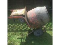 BELLE HALF BAG ELECTRIC CEMENT MIXER GOOD WORKING ORDER