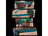 Mens Neon Blue Sinner Sunglasses Blue/Green Tinted Lenses