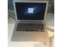 "Apple 13"" MacBook Air i5 1.8Ghz 4Gb"