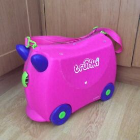Trunki. Great ride along suitcase. Cabin approved for flights. Highly recommended.
