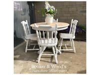 Beautiful light oak table & 4 chairs