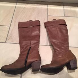 Jones' Tan knee length boots - size 40