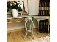 ***65 YEAR OLD DRESSING TABLE / DESK WITH ALL ORIGINAL FITTINGS £195 ***