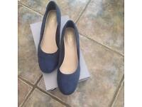 Clarke navy suede shoes