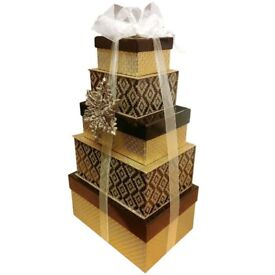 Luxury Christmas Tower of Treats Gift Set **FREE DELIVERY**