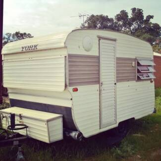 York caravan very good condition - lightweight, easy tow. Mandurah Mandurah Area Preview