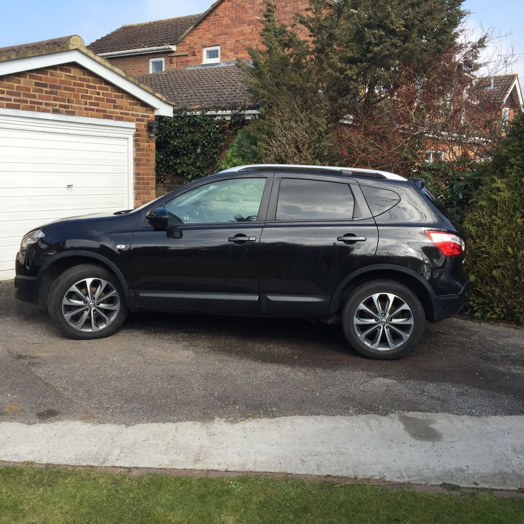 nissan qashqai 1 6 dci tekna start stop 2wd diesel manual 2012 30 road fund licence in. Black Bedroom Furniture Sets. Home Design Ideas