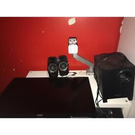 Screen / Speakers / Swing Arm