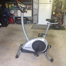 sturdy construction, 110kg (17.5 stone) max user weight,multi programme, distance etc CAN DELIVER.
