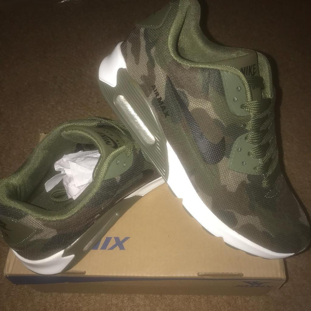 adidas trainers size 6 adult