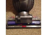 DYSON DC40 ANIMAL WITH 100% SUCTION ,MINT CONDITION