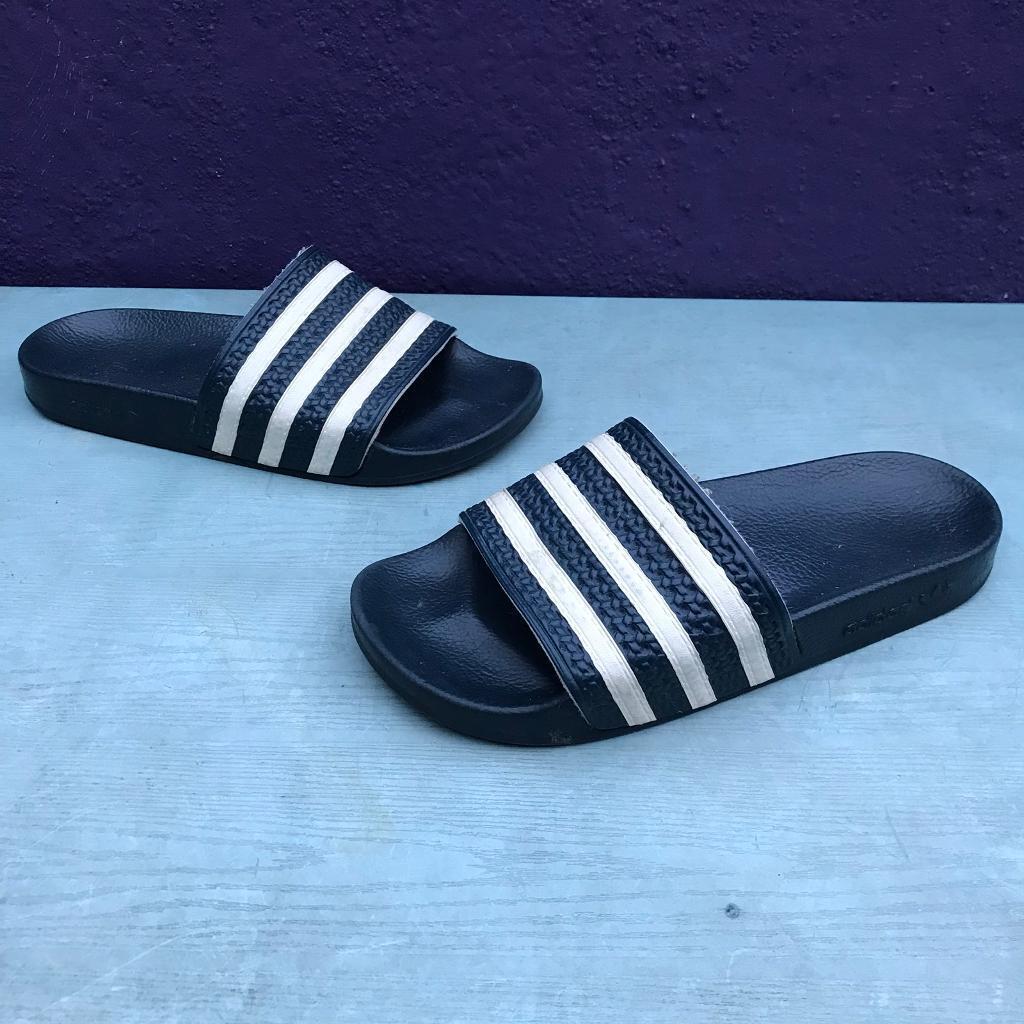 411cdffb9 Adidas flip flop sliders size 6