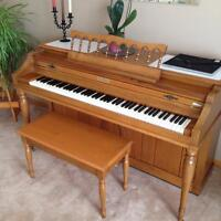 Piano for sale great condition !