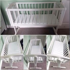 Mothercare Swinging Cradle. Excellent condition.