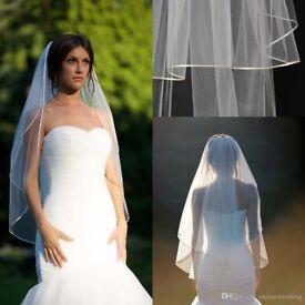 Fingertip wedding veil - BRAND NEW