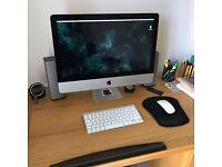 "Apple iMac 21.5"" mid 2011 desk top"
