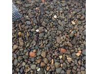 Multi mix decorative gravel