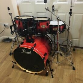 Pearl ELX Fusion in Red Fade with Black Rims - Beautiful