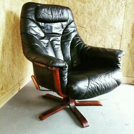 Retro leather lounge chair