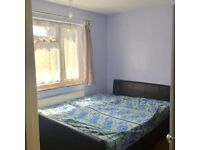 Double room in Eastham for rent at Indian Family Home - 0 7 9 8 4 7 9 5 3 2 7