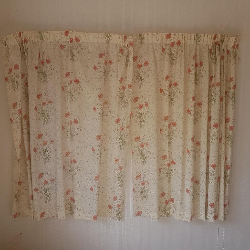 Poppy Flower Curtains Each Curtain 147 Cm Long X 166 Cm